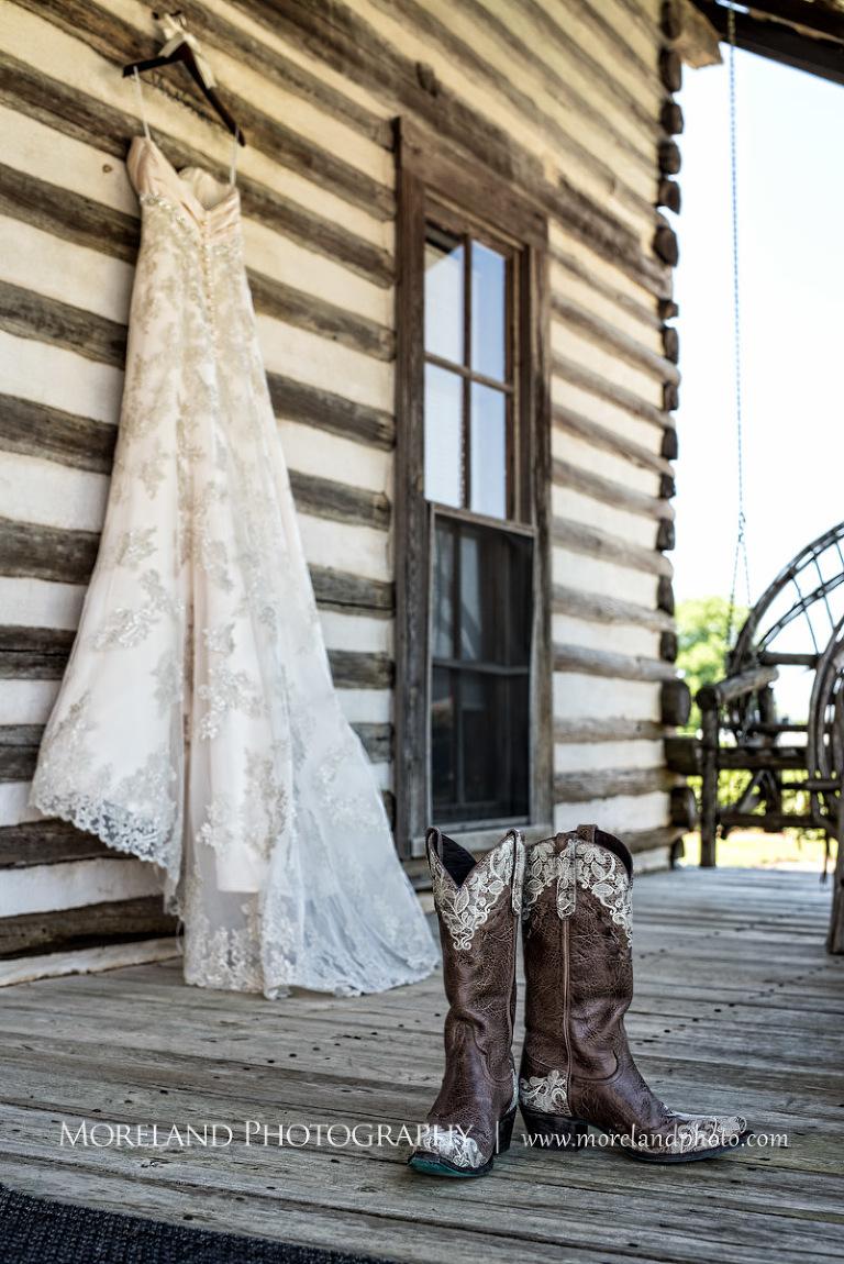 twin oaks farm weddings plantation wedding farm wedding vintage wedding farm wedding